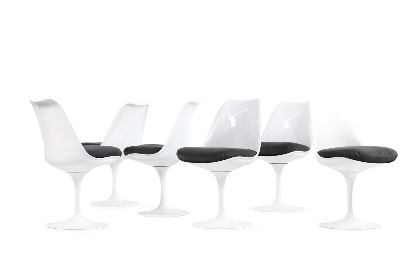 ... Neubezug 60er Tulip Chairs, Tulip Table, Eero Saarinen Für Knoll  International, Original, ...