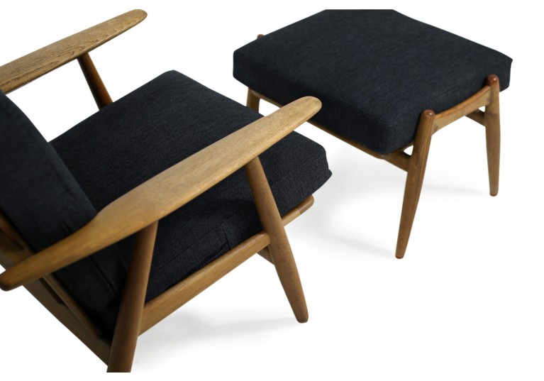 1950s Hans J. Wegner GE 240 Oak Cigar Easy Lounge Chairs & Ottoman