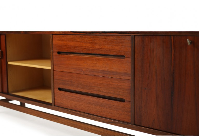 60er Sideboard, Nils Jonsson, Troeds Sweden, Model Grand, Palisander, Rosewood, scandinavian modern