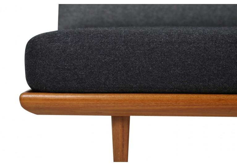 60er Teak Sofa, Peter Hvidt, danish modern, Daybed, Neubezug grau