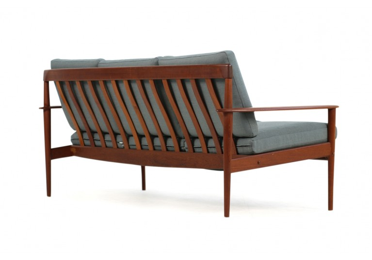 50er Sofa, Grete Jalk für Poul Jeppesen, Model PJ 56/3, Neubezug, 60er Jahre