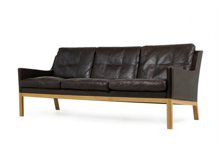 1960s Kai Lyngfeldt Larsen Oak & Brown Leather Sofa Soren Willadsen