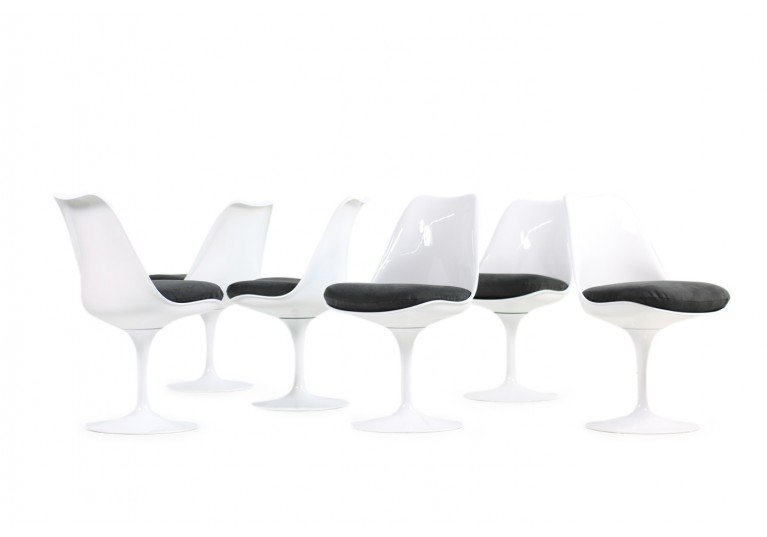 60er Tulip Chairs, Tulip Table, Eero Saarinen für Knoll International, original, Neubezug